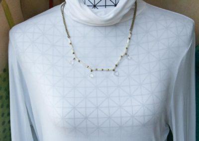 Halskette mit Kristallperlen
